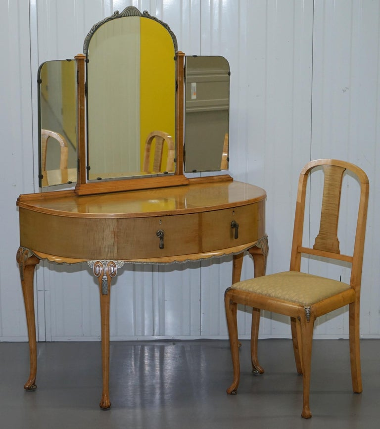 Victorian Hampton & Son's Satinwood Bedroom Suite Wardrobe Dressing Table Mirror For Sale 8