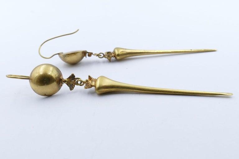 Women's Victorian Handmade 9 Carat Yellow Gold Drop Earrings For Sale