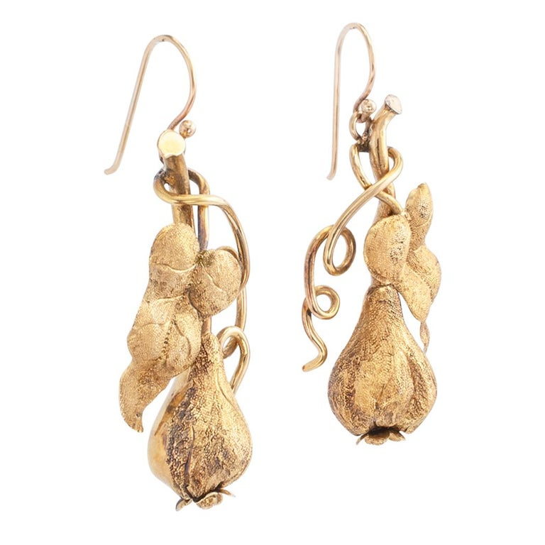 Victorian Handcrafted Gold Drop Earrings In Good Condition For Sale In Los Angeles, CA
