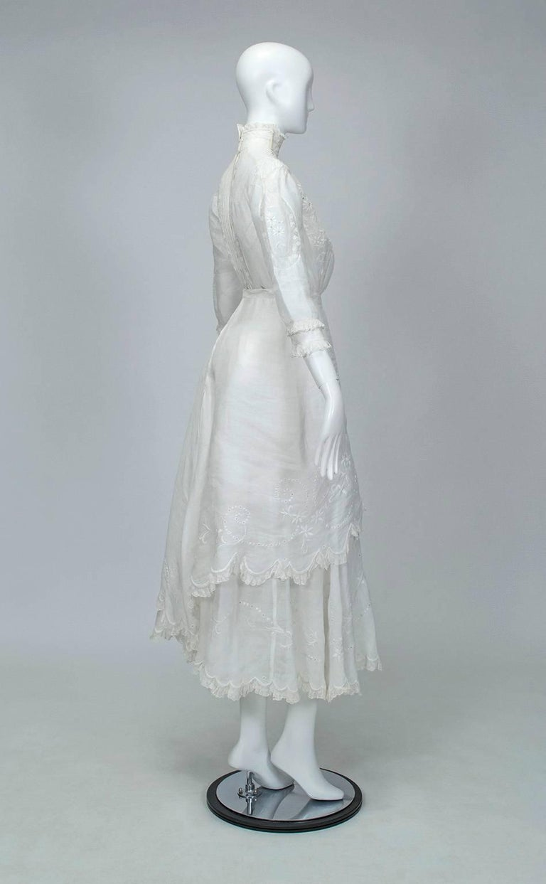 Victorian Handkerchief Hem Eyelet and Lace Bustle Tea Dress In Excellent Condition For Sale In Phoenix, AZ