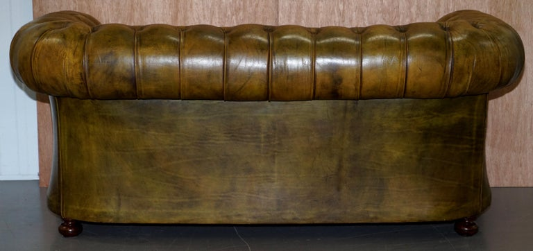 Victorian Horse Hair Green Hand Dyed Leather Chesterfield Fully Button Base Sofa For Sale 8