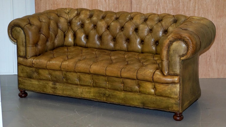 English Victorian Horse Hair Green Hand Dyed Leather Chesterfield Fully Button Base Sofa For Sale