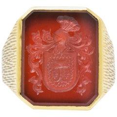 Victorian Intaglio Carnelian 18 Karat Gold Unisex Signet Ring
