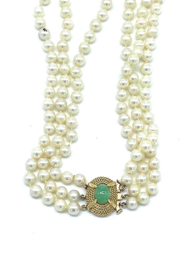 Victorian, Jade Clasp on 3-Strand Pearl, Necklace In Fair Condition For Sale In Aliso Viejo, CA
