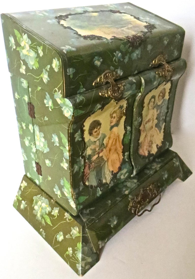 Victorian Lady's Necessaire Table Top Toiletry Box, American, circa 1900 For Sale 2