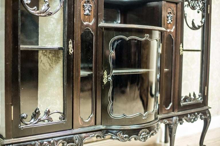 Victorian Mahogany Cabinet from the 19th Century For Sale 1