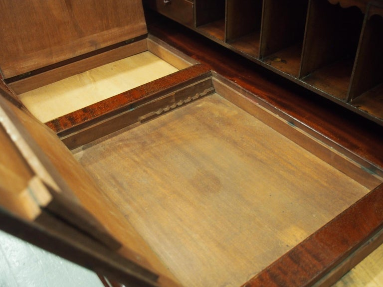 Victorian Mahogany Roll Top Bureau For Sale 12