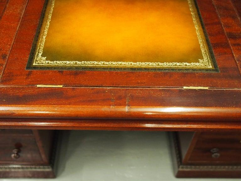 Victorian Mahogany Roll Top Bureau For Sale 13