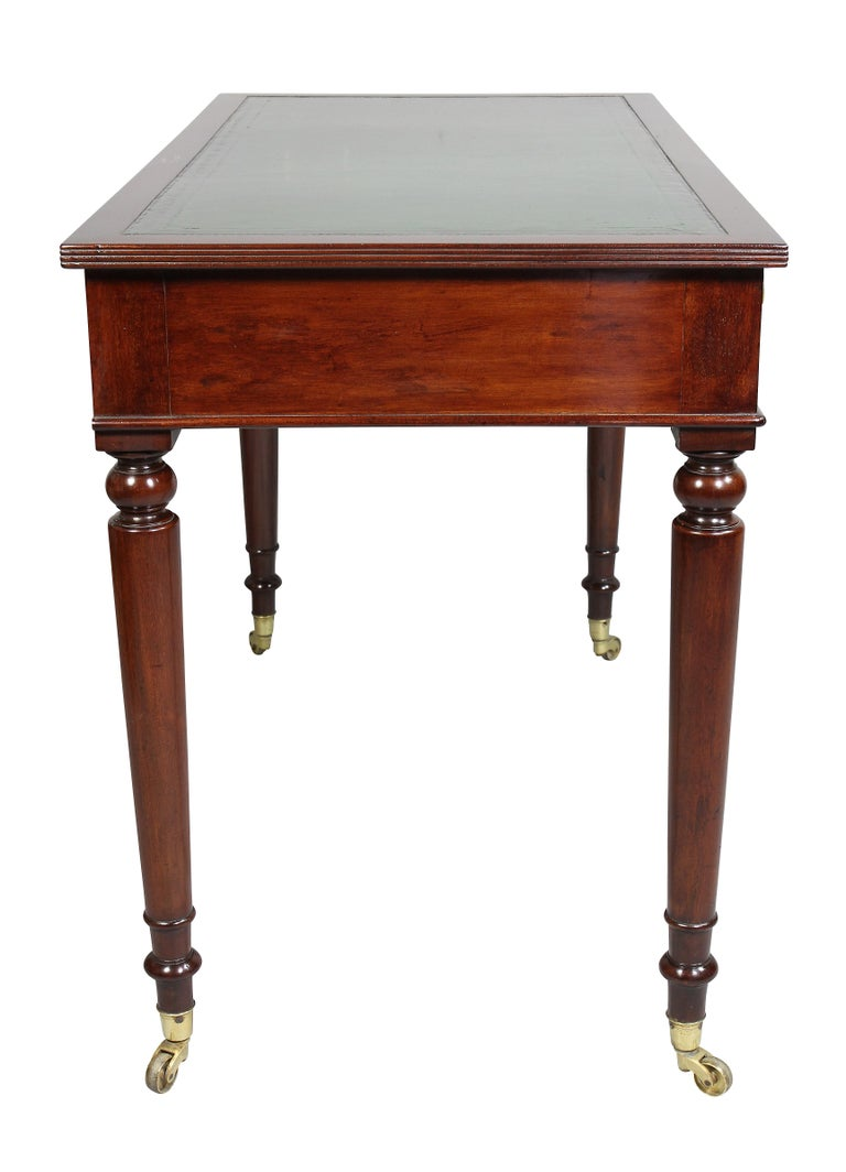 Victorian Mahogany Writing Table from Windsor Castle For Sale 3