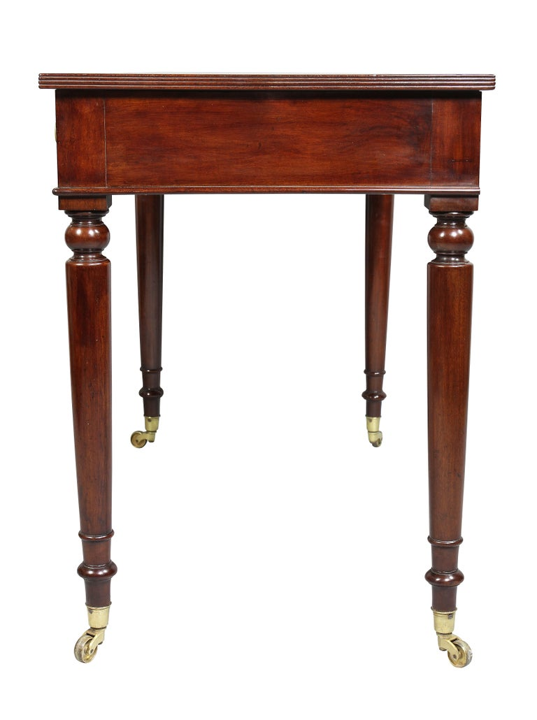 Victorian Mahogany Writing Table from Windsor Castle For Sale 4