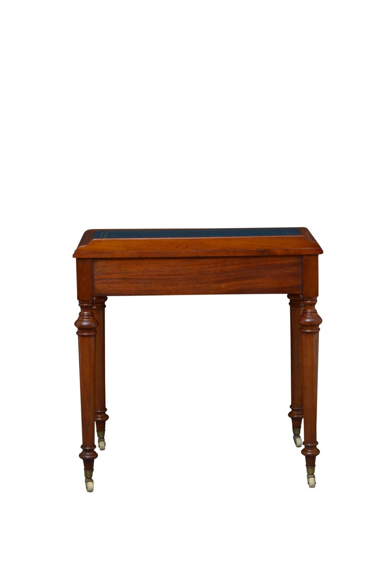 Victorian Mahogany Writing Table of Narrow Proportions For Sale 5