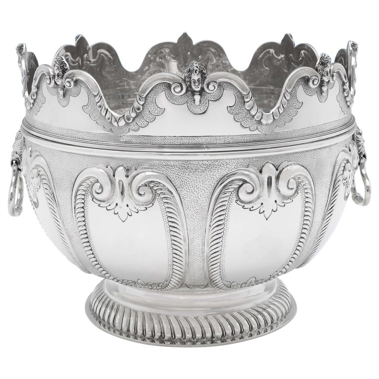 Victorian 'Monteith' Sterling Silver Bowl Hallmarked in 1890 with Removable Rim For Sale