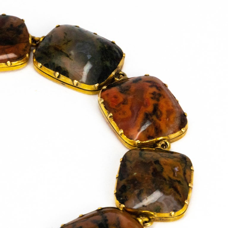 Victorian Moss Agate and 15 Carat Gold Bracelet In Good Condition For Sale In Chipping Campden, GB