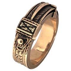 Victorian Mourning Memorial Yellow Gold and Enamel Hidden Compartment Ring