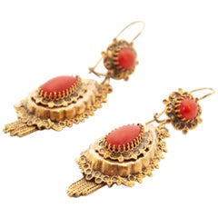 Victorian Naturel Red Coral Cabochon 14 Karat Yellow Gold Dangle Earrings
