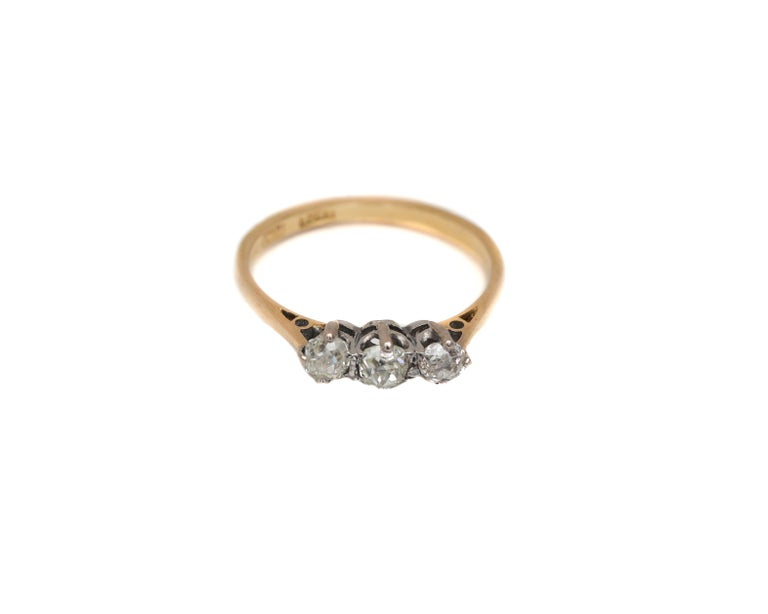 Victorian Old Mine Cut Diamond 3-Stone Ring Yellow Gold and Platinum In Fair Condition For Sale In Addison, TX