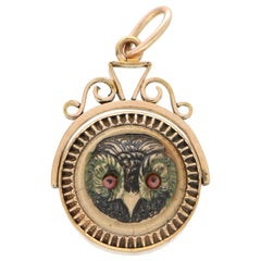VIctorian Owl Fob Pendant Set with Agate in Gold