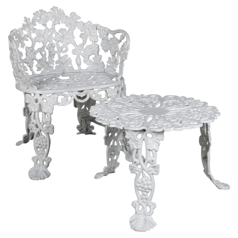 Victorian Painted Cast Iron Grape & Leaf Garden Bench Seat & Table, 20th Century For Sale