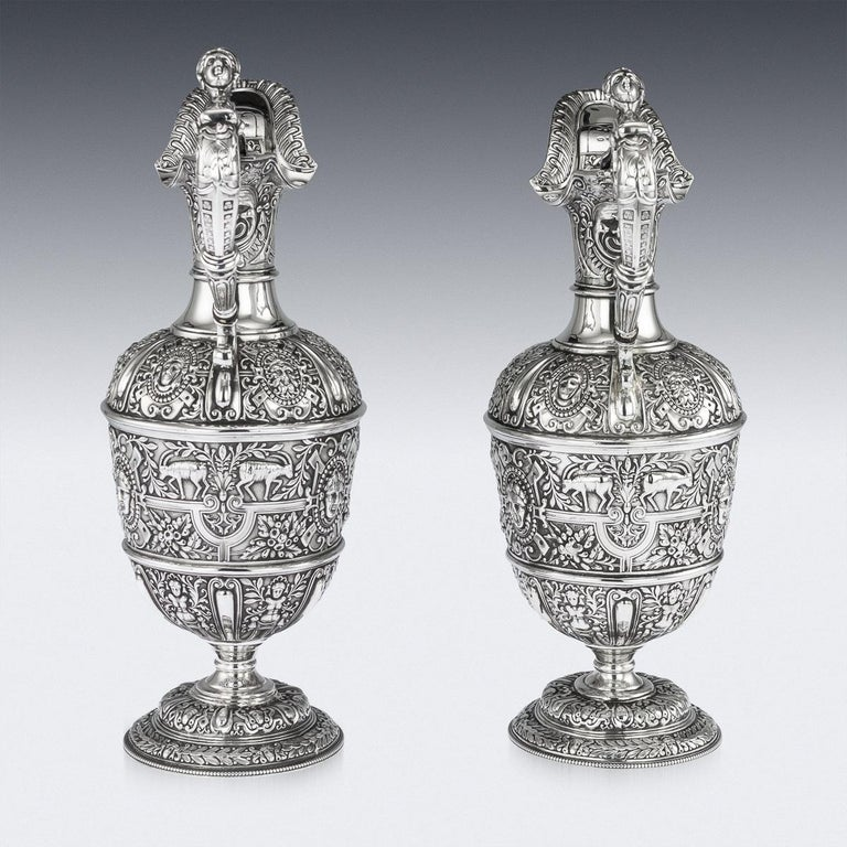 Victorian Pair of Solid Silver Cellini Ewer Jugs, Sheffield, circa 1890 For Sale 1