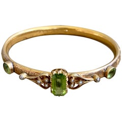 Victorian Peridot 14 Karat Gold Bangle