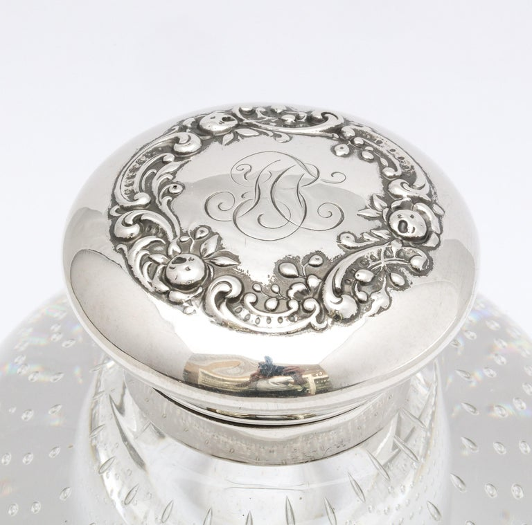 Victorian Period Sterling Silver-Mounted Controlled Bubbles Crystal Inkwell For Sale 10