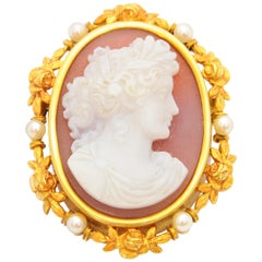 Victorian Pink Shell Cameo Cultured Pearls 14 Karat Yellow Gold Brooch