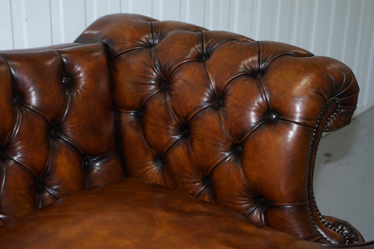 Victorian Restored Chesterfield Hand Dyed Brown Leather Sofa Lion Hairy Paw Feet In Excellent Condition In , Pulborough