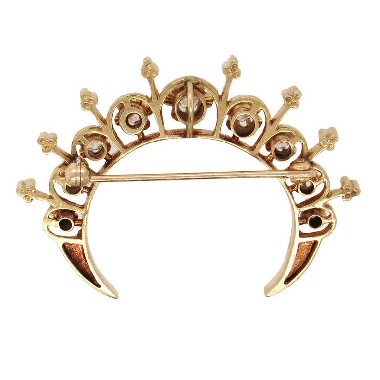 Victorian Revival Crescent Brooch In Good Condition For Sale In New York, NY