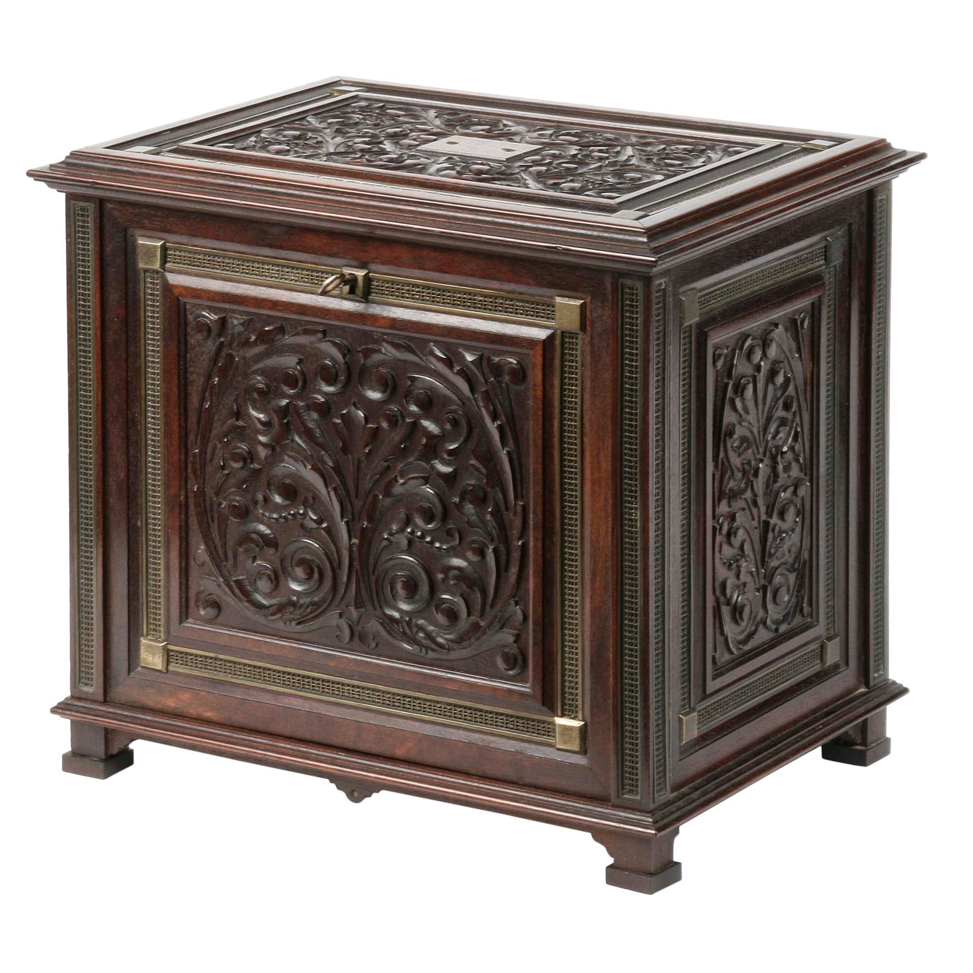 Victorian Mahogany Carved Cigar Box, 19th Century