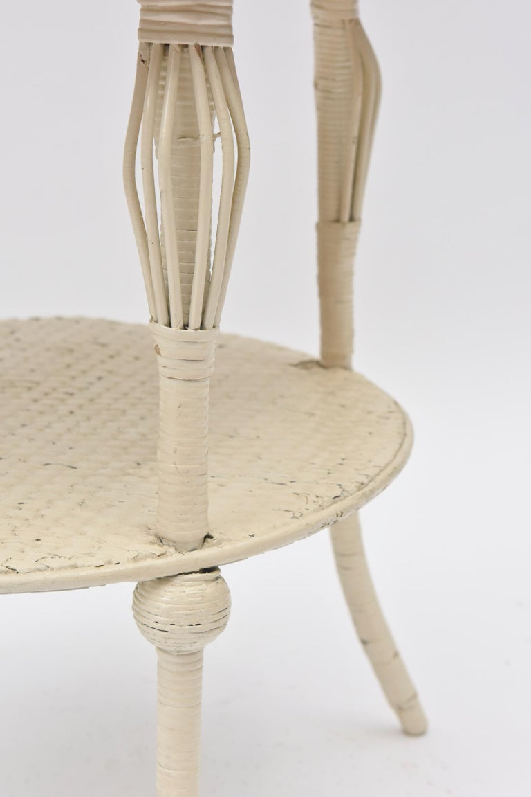 Victorian Round Wicker Two Tier Side Table by Heywood-Wakefield Co. In Fair Condition For Sale In Miami Beach, FL