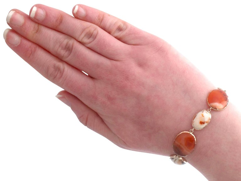 Victorian Sardonyx Yellow Gold Bracelet For Sale 6