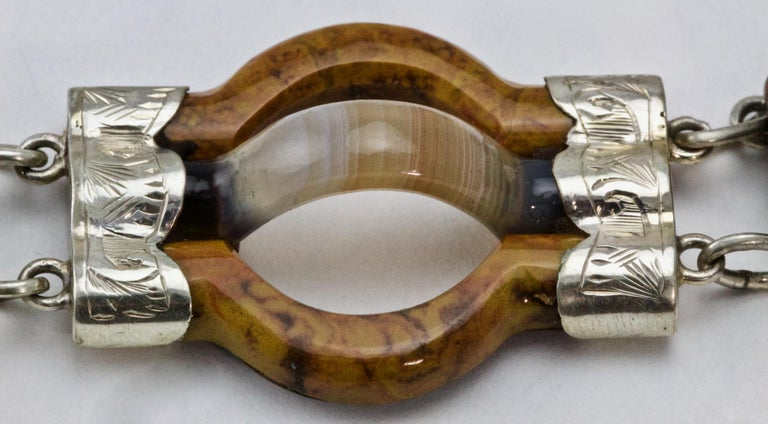 Victorian Scottish Agate Silver Link Bracelet, circa 1880 In Excellent Condition For Sale In Chipping Campden, GB
