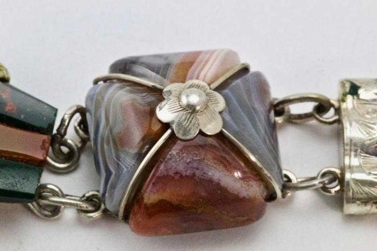 Victorian Scottish Agate Silver Link Bracelet, circa 1880 For Sale 1