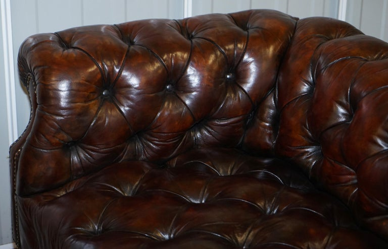 Victorian Serpentine Hand Dyed Restored Whisky Brown Leather Chesterfield Sofa For Sale 8