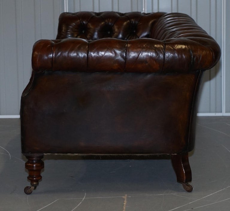 Victorian Serpentine Hand Dyed Restored Whisky Brown Leather Chesterfield Sofa For Sale 10