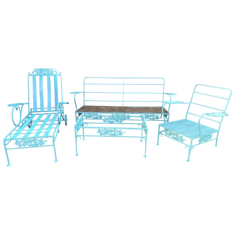 Late Victorian Victorian Set of Turquoise Painted Iron Garden Table, Sofa, Chaise and Armchair For Sale