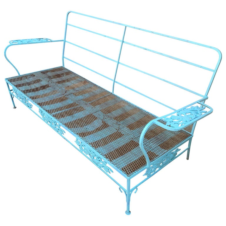 English Victorian Set of Turquoise Painted Iron Garden Table, Sofa, Chaise and Armchair For Sale