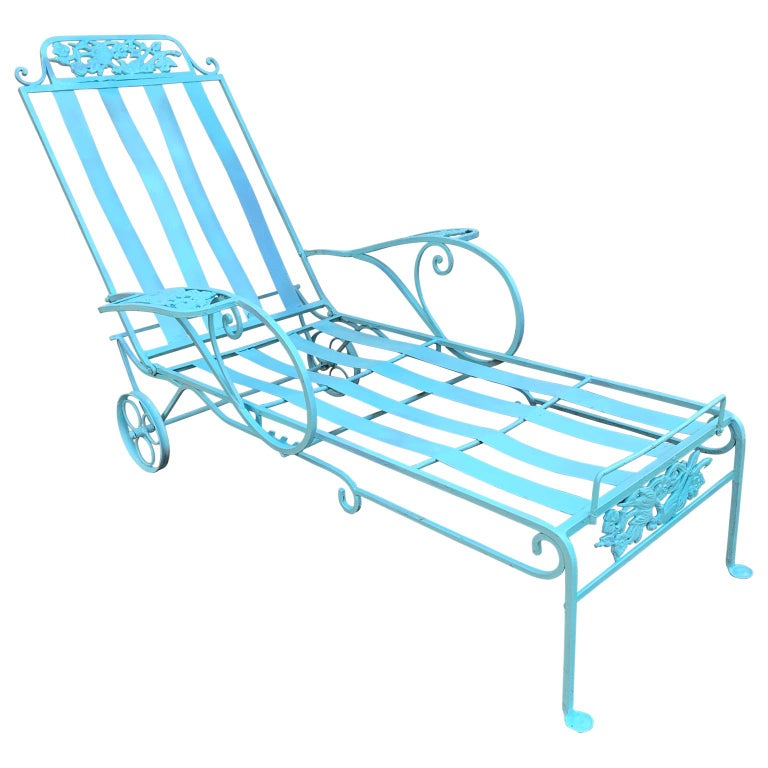 Victorian Set of Turquoise Painted Iron Garden Table, Sofa, Chaise and Armchair In Good Condition For Sale In Haddonfield, NJ