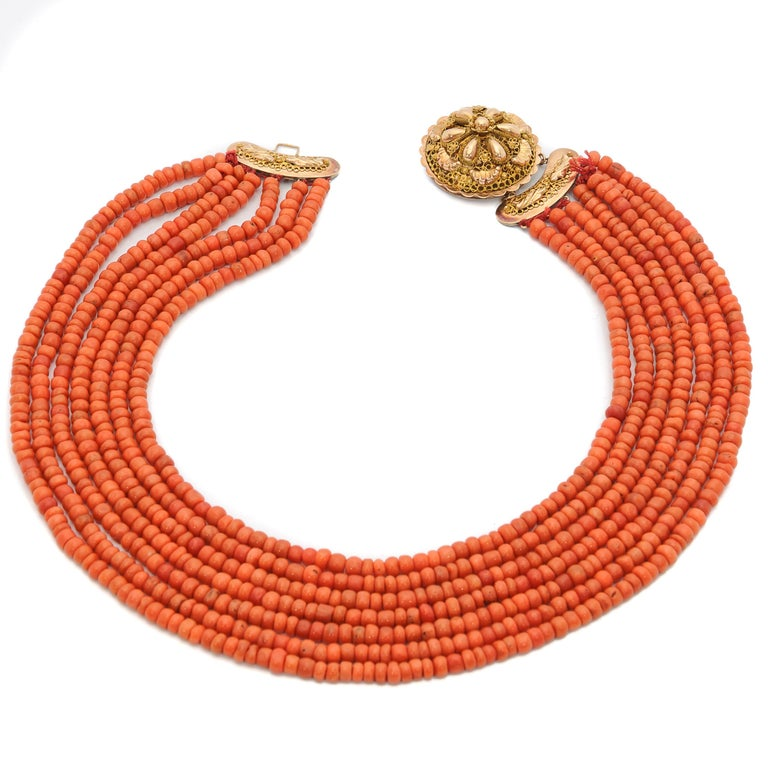 Victorian Multi-Strand Red Coral 14 Karat Gold Beaded Necklace For Sale 1