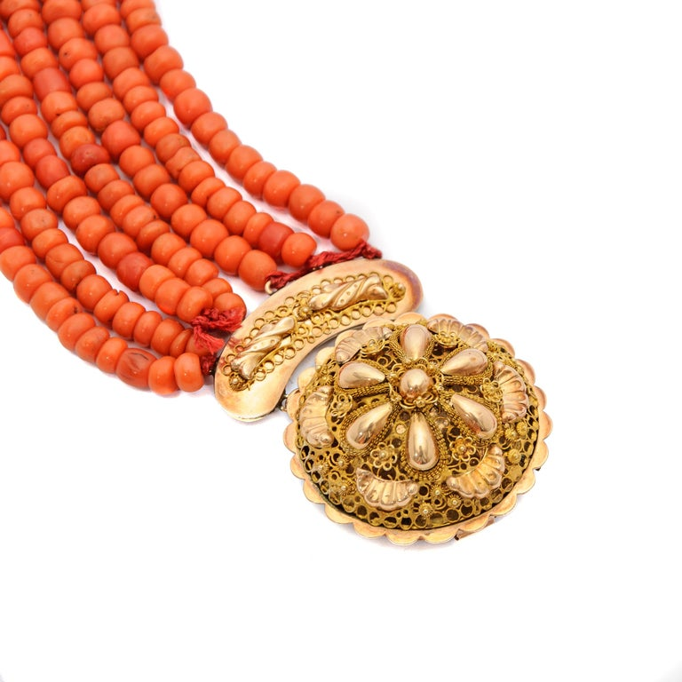 Victorian Multi-Strand Red Coral 14 Karat Gold Beaded Necklace For Sale 2