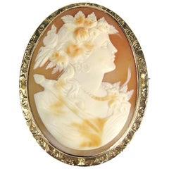 10 karat Gold Shell Cameo Brooch Pin Victorian