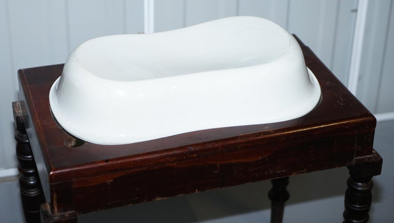 Victorian Side Table with Ceramic Stamped Porcelain Baby or Foot Bath Wash Basin For Sale 4