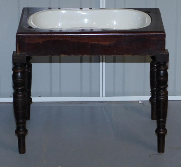 Victorian Side Table with Ceramic Stamped Porcelain Baby or Foot Bath Wash Basin In Good Condition For Sale In London, GB
