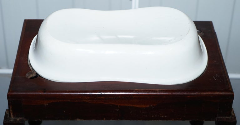 Victorian Side Table with Ceramic Stamped Porcelain Baby or Foot Bath Wash Basin For Sale 3