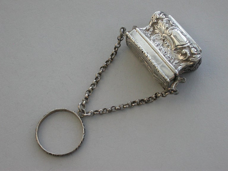 English Victorian Silver Castle-Top Reticule Vinaigrette - Crystal Palace J Tongue 1851 For Sale