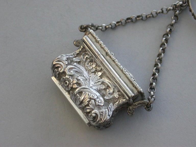 Mid-19th Century Victorian Silver Castle-Top Reticule Vinaigrette - Crystal Palace J Tongue 1851 For Sale