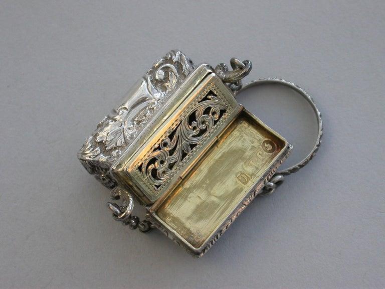 Victorian Silver Castle-Top Reticule Vinaigrette - Crystal Palace J Tongue 1851 For Sale 3
