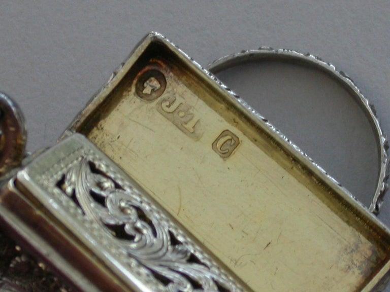 Victorian Silver Castle-Top Reticule Vinaigrette - Crystal Palace J Tongue 1851 For Sale 4