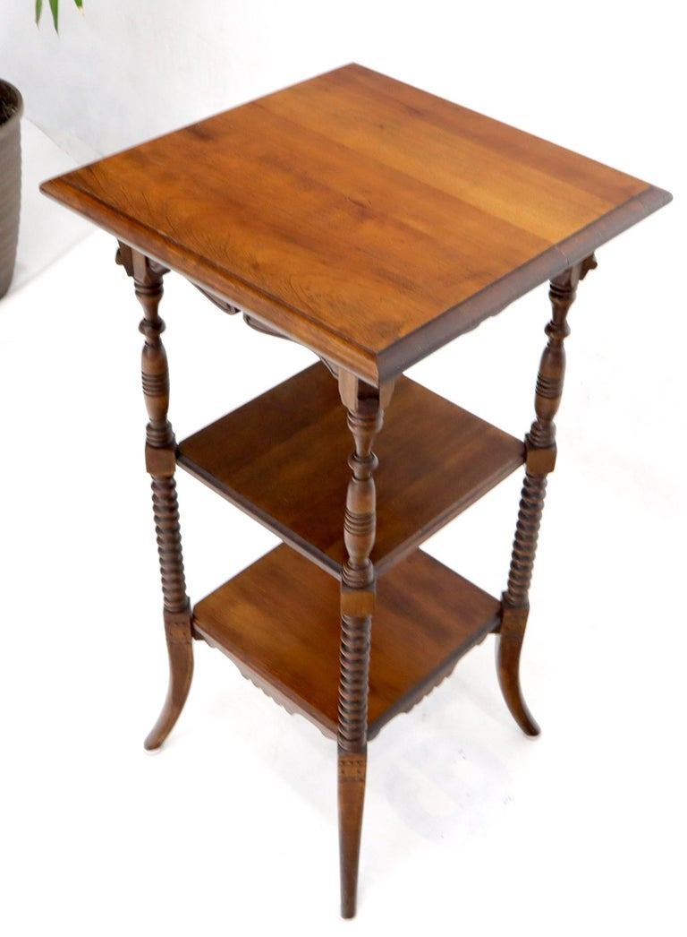 Victorian Square Three-Tier Stand Corner Lamp Occasional Table Stand In Good Condition For Sale In Rockaway, NJ