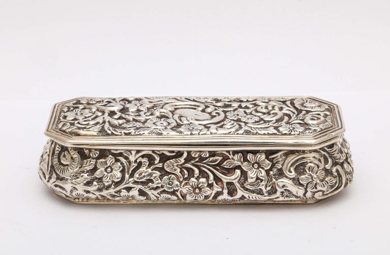English Victorian Sterling Silver Jewelry/Trinkets Box with Hinged Lid